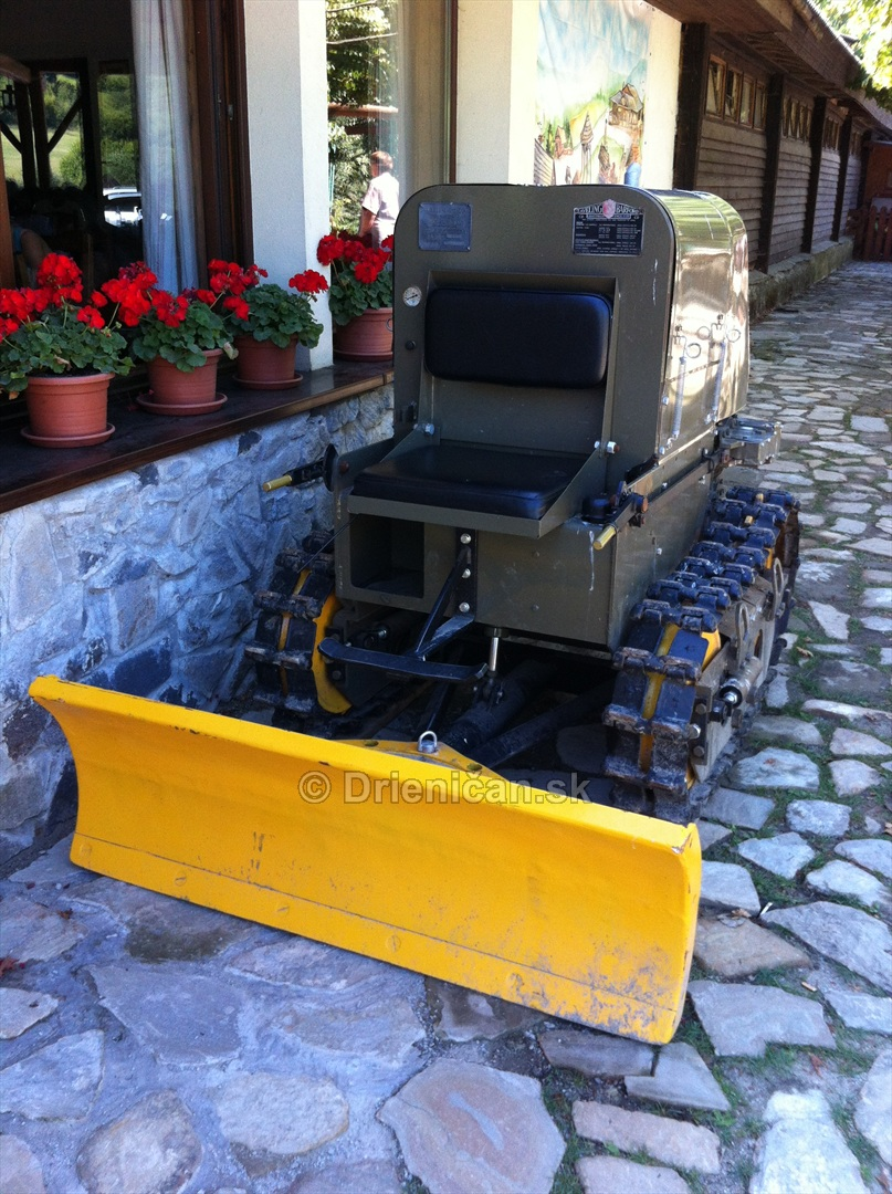 Muzeum Traktorov_01