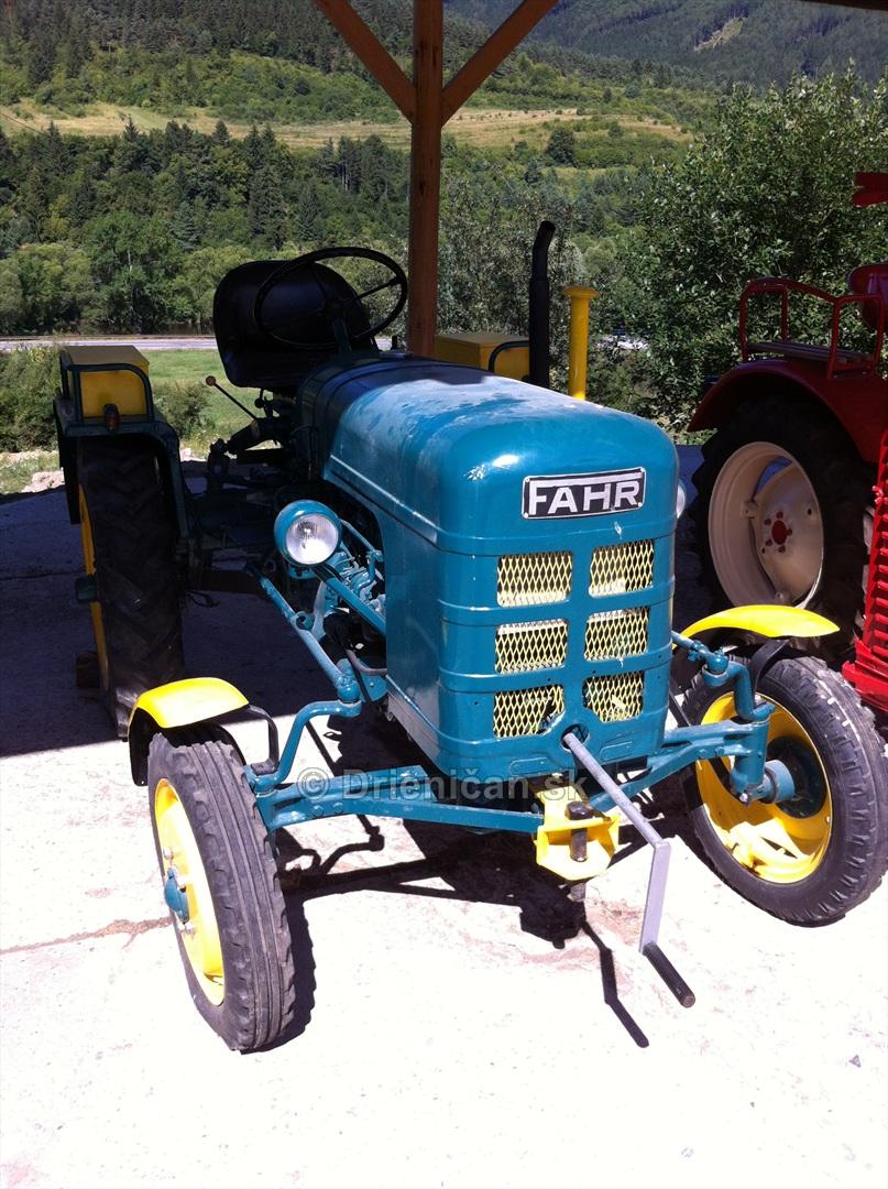 Muzeum Traktorov_28