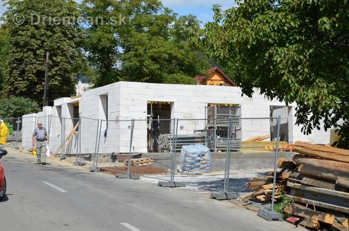 Ako pokračuje výstavba nového obchodného centra u nás na Drienici ?