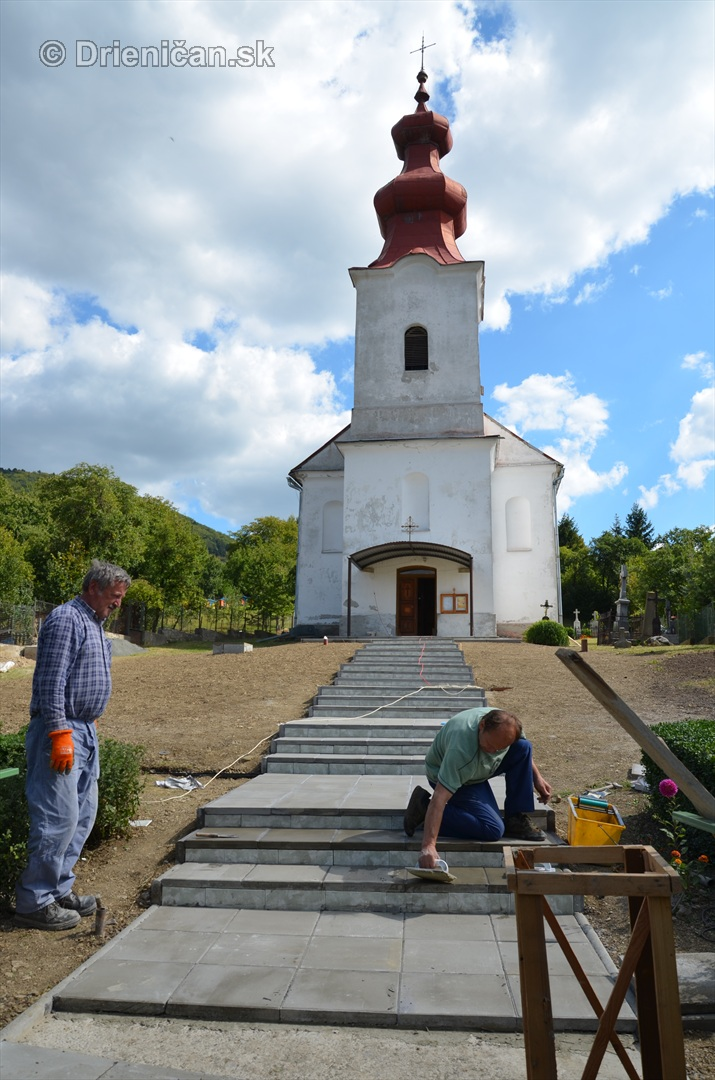 schodiste ku cerkvi drienica_16