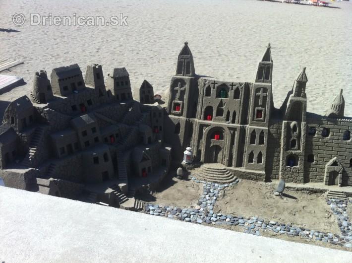 sochy z piesku taliansko_5
