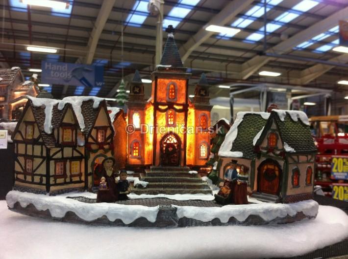 Osvetlené Vianočné mestečko