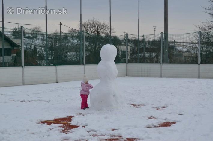 Snehuliak na futbale