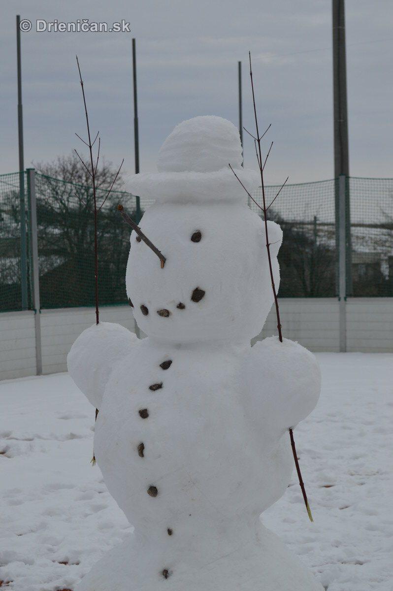 Snehuliak na futbale_4