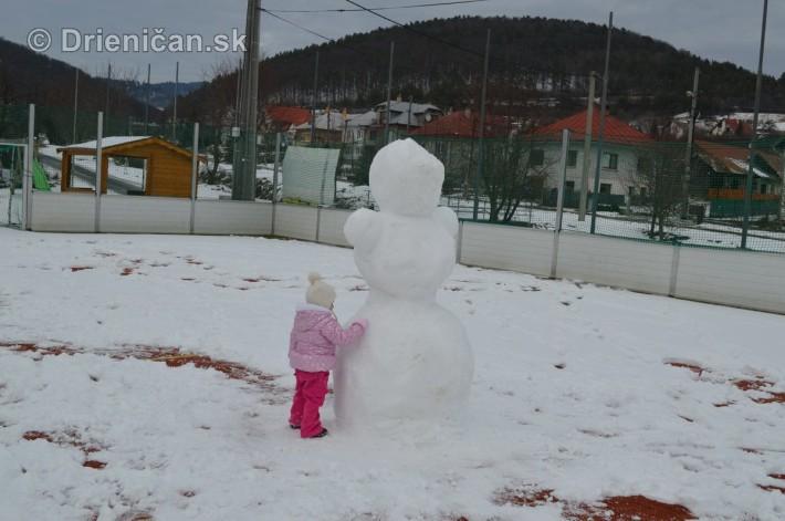 Snehuliak na futbale_6