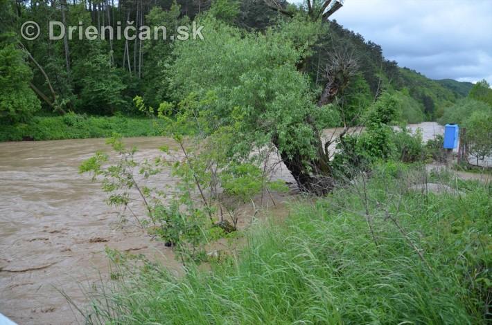 Rozvodnena rieka Torysa_01