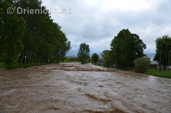 Rozvodnena rieka Torysa_04