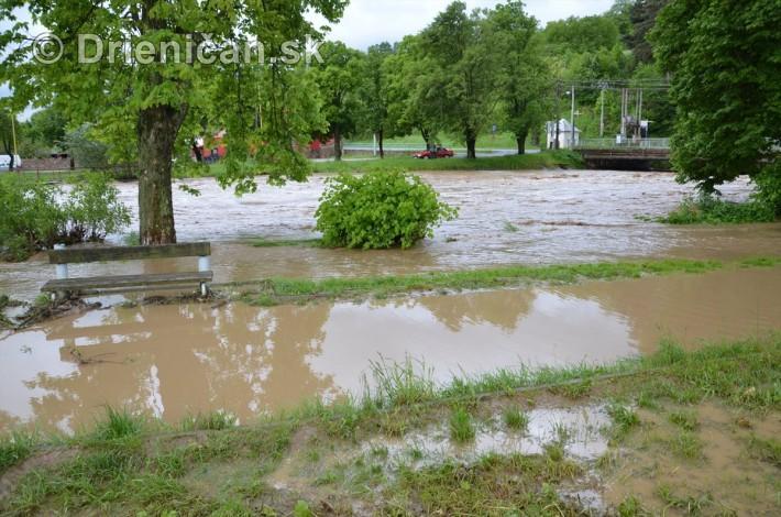 Rozvodnena rieka Torysa_09