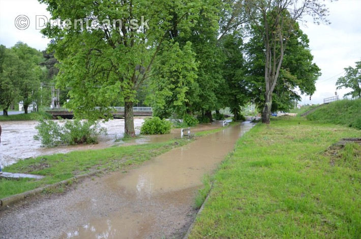 Rozvodnena rieka Torysa_12