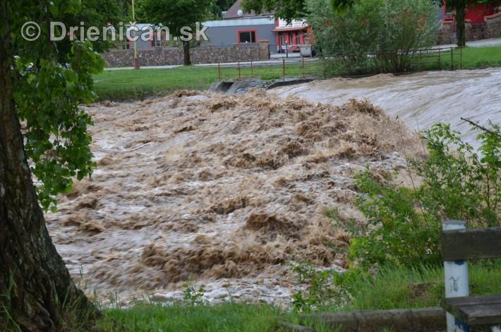 Rozvodnena rieka Torysa_13