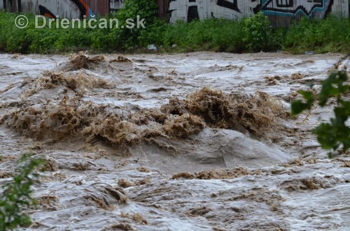 Rozvodnena rieka Torysa_14