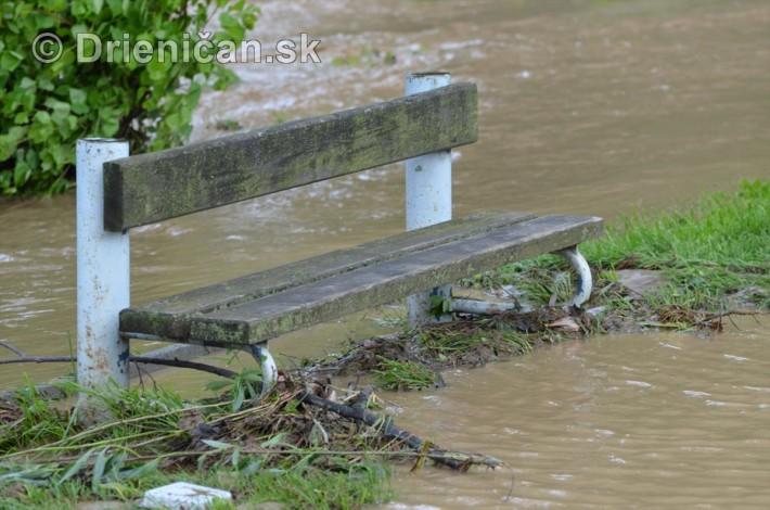 Rozvodnena rieka Torysa_17