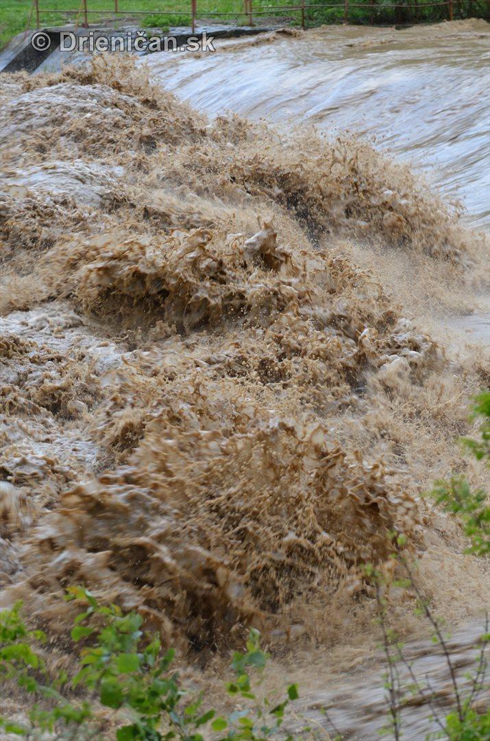 Rozvodnena rieka Torysa_20