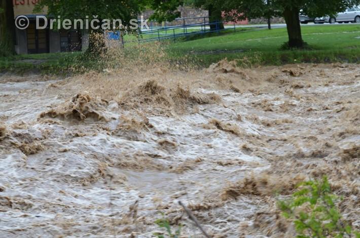 Rozvodnena rieka Torysa_21