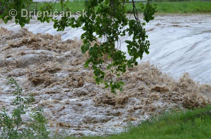 Rozvodnena rieka Torysa_23