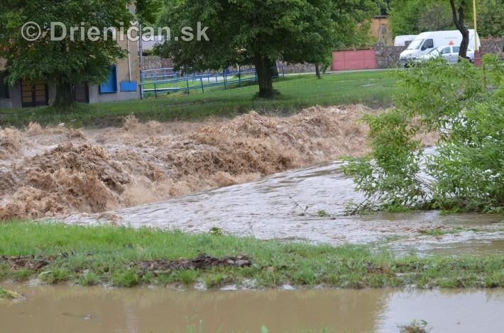 Rozvodnena rieka Torysa_31