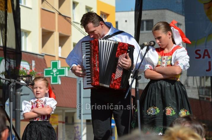V Sabinove na Jurmaku, Folklórny festival