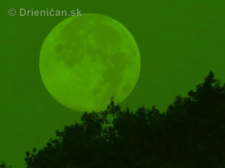 Najvacsi Mesiac v roku foto_3