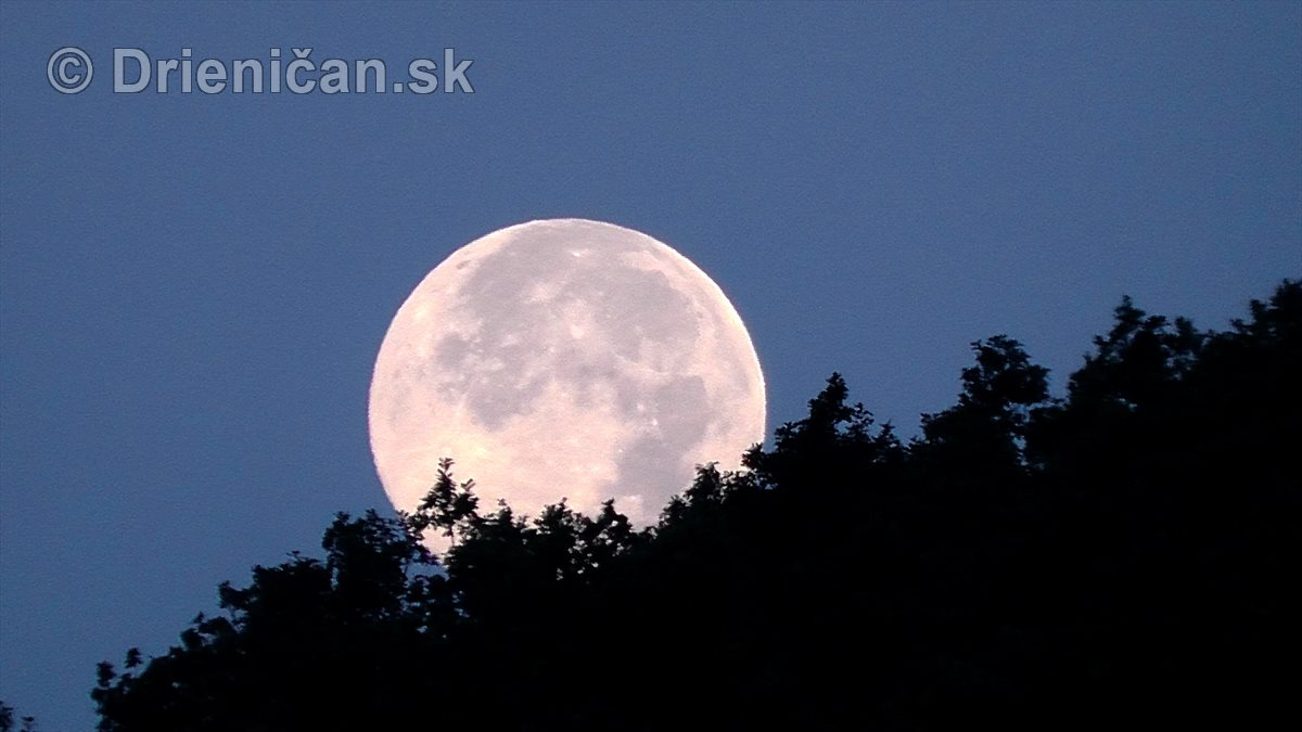 Najväčší Mesiac v roku