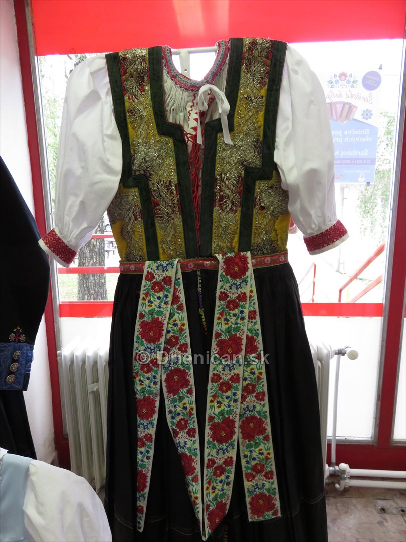 Sarissky kroj_04