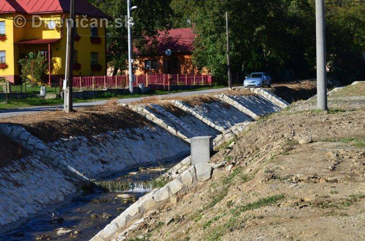 Finišovanie prác na úprave potoka