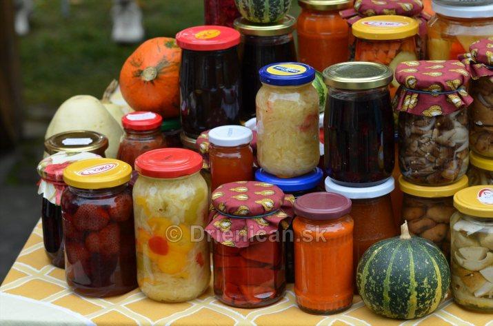 Jesenny kulturny festival v parku pri fontane _19