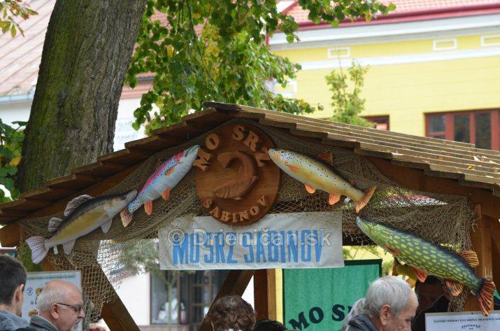 Jesenny kulturny festival v parku pri fontane _30