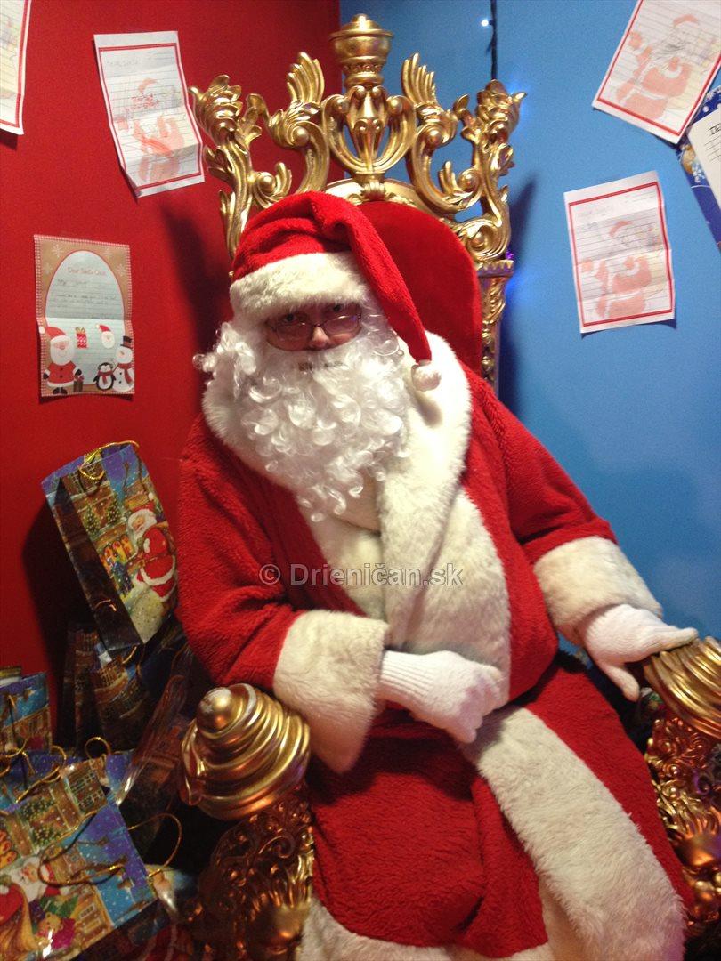 Doma u Santa Clausa_15