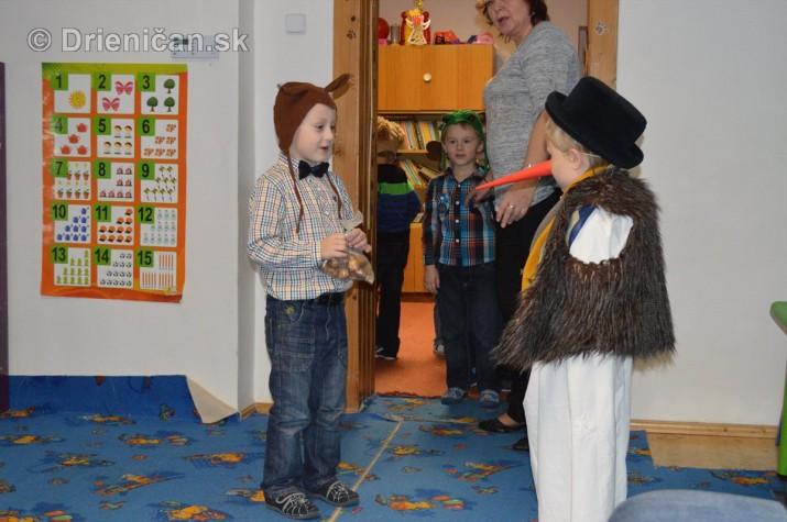Vianocna besiedka v materskej skole Drienica_09