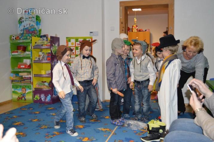 Vianocna besiedka v materskej skole Drienica_16