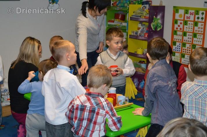 Vianocna besiedka v materskej skole Drienica_37