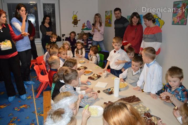 Vianocna besiedka v materskej skole Drienica_38