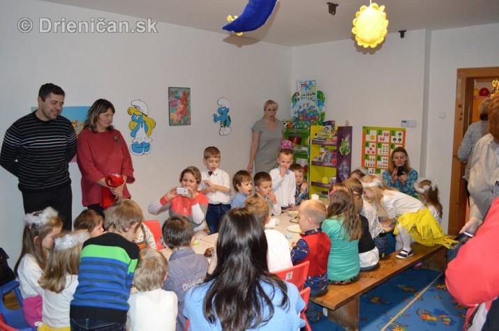 Vianocna besiedka v materskej skole Drienica_40