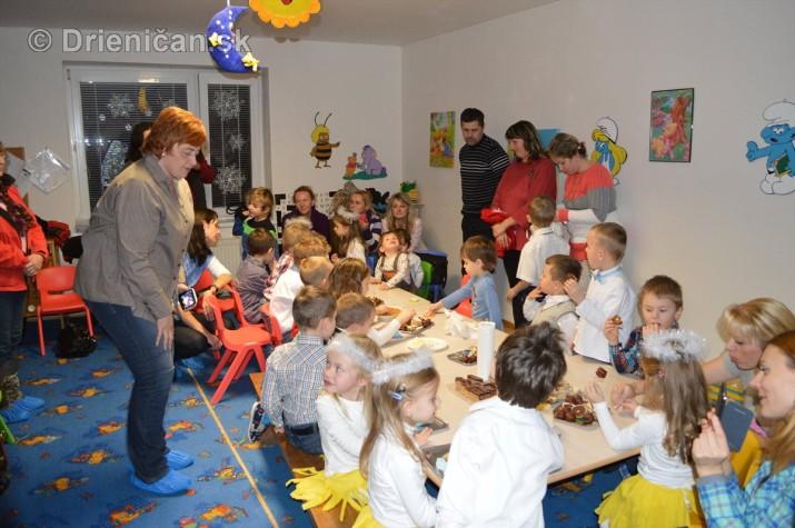 Vianocna besiedka v materskej skole Drienica_41