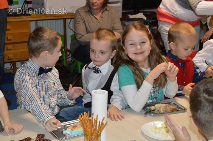 Vianocna besiedka v materskej skole Drienica_44