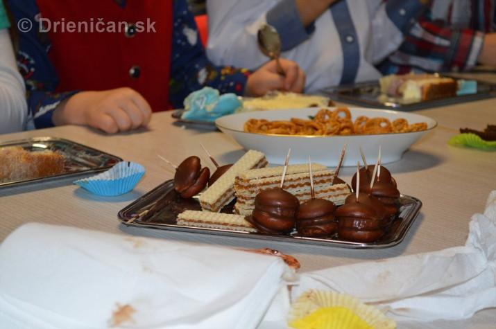 Vianocna besiedka v materskej skole Drienica_47
