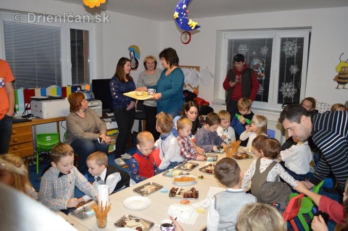 Vianocna besiedka v materskej skole Drienica_49