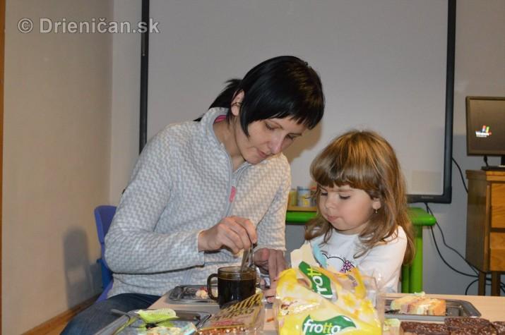 Vianocna besiedka v materskej skole Drienica_52