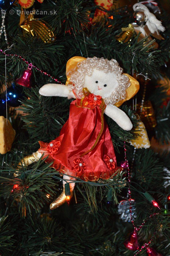 Vianocna besiedka v materskej skole Drienica_56