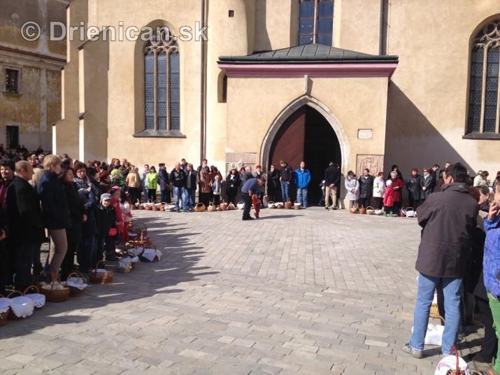 Pozehnanie velkonocnych pokrmov v Sabinove_05