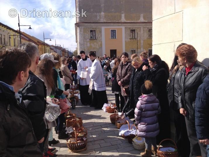 Pozehnanie velkonocnych pokrmov v Sabinove_16