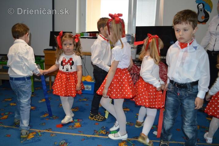 Den matiek v materskej Skolke Drienica_09