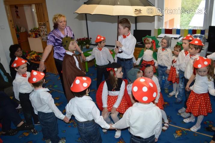 Den matiek v materskej Skolke Drienica_33