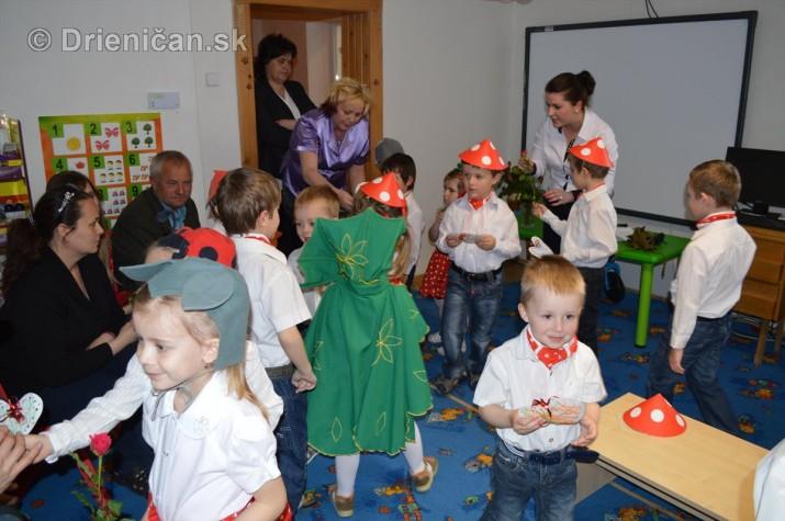 Den matiek v materskej Skolke Drienica_44