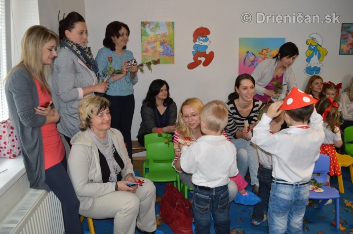Den matiek v materskej Skolke Drienica_48