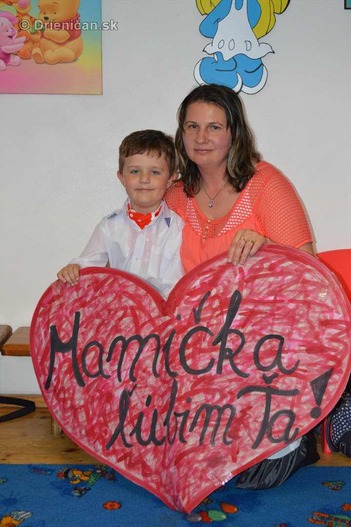 Den matiek v materskej Skolke Drienica_59