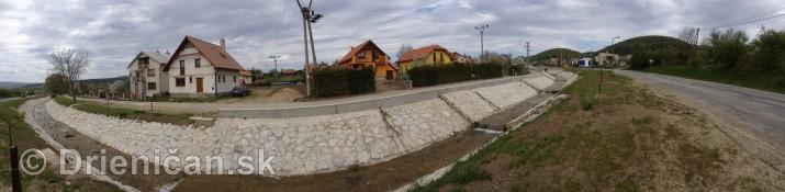 Ked Drienica v maji zakvitne panorama_07