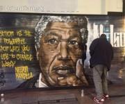 Nelson Mandela okom sprayera