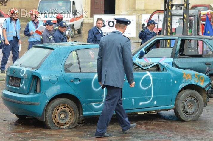 Majstrovstva Slovenskej republiky vo vyslobodzovani zranenych osob z havarovanych vozidiel foto_03
