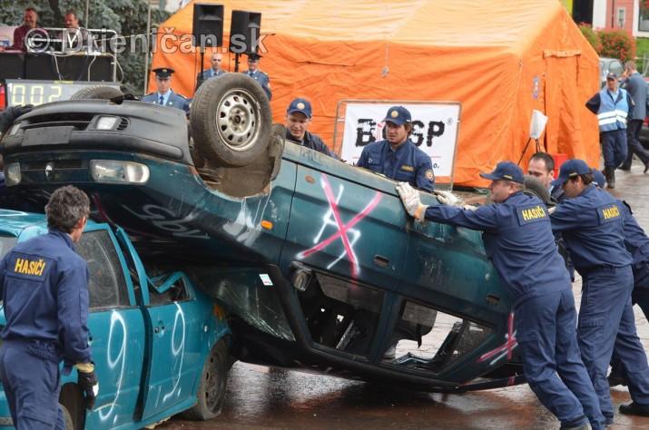 Majstrovstva Slovenskej republiky vo vyslobodzovani zranenych osob z havarovanych vozidiel foto_04